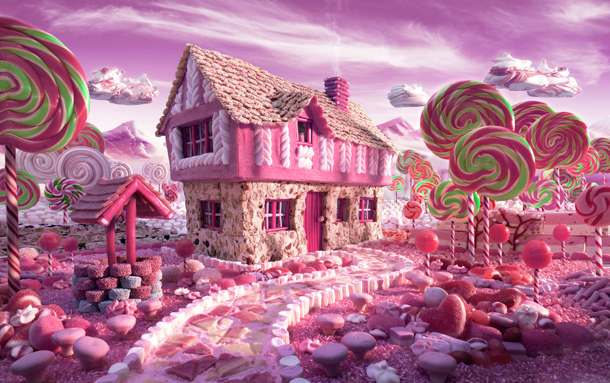 Candy Cottage Large