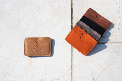 Small gift ideas leather card wallet