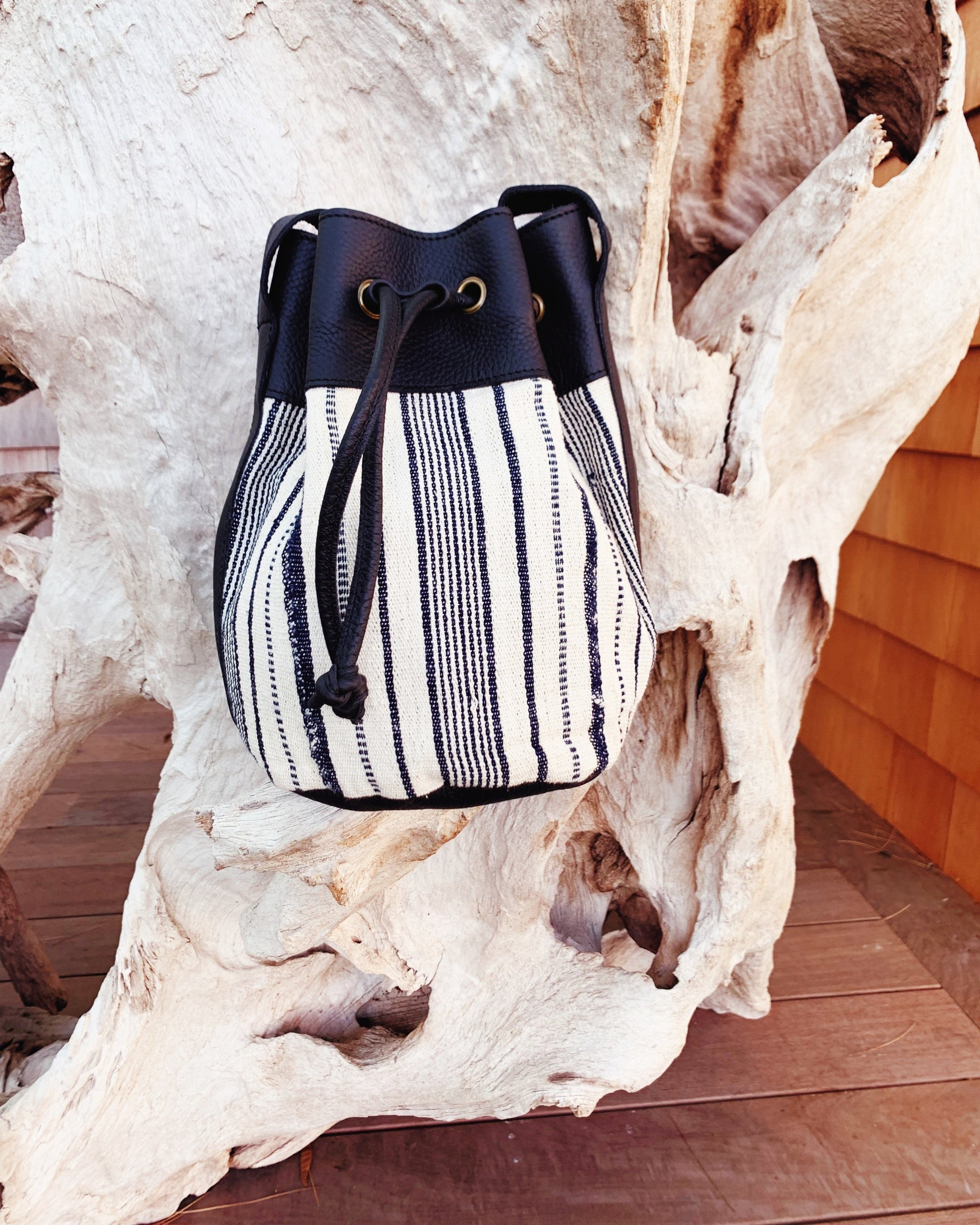 Bella Bucket Bag: Cream Country Cloth