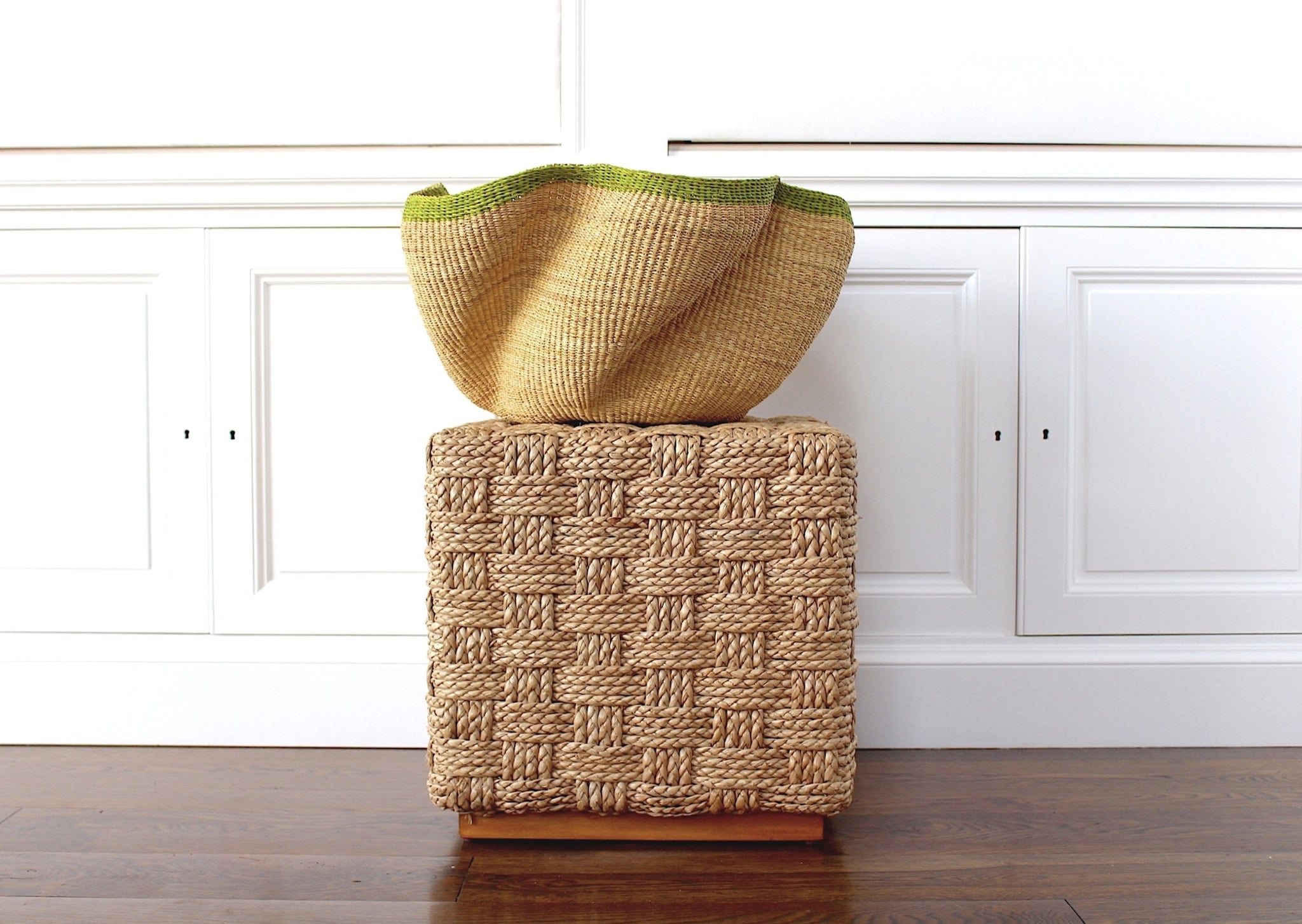 Large Wave Basket: Natural + Lime Tip