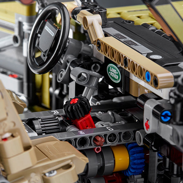 LEGO Technic Land Rover Defender - Interior