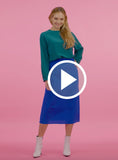 https://media.lykey.me/v4/Round-neck%20Blouse%20green-walk-05.mp4