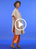 https://media.lykey.me/v4/Cape%20Coat%20cream-walk-04.mp4