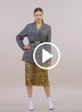 https://media.lykey.me/v4/Midi%20Skirt%20leopard%20brown-walk-04.mp4