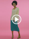 https://media.lykey.me/v4/Midi%20Skirt%20green-walk-04.mp4