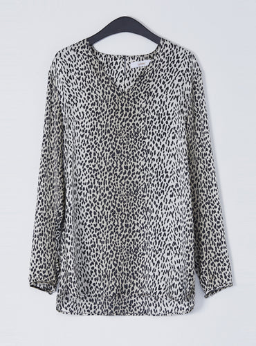 Jennifer V Neck Blouse_Snow Leopard - LYKEY