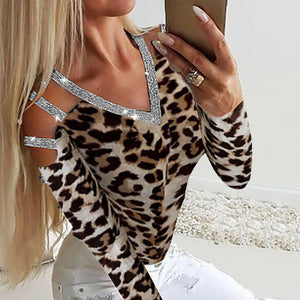Stylish sequined V-neck leopard slim cutout T-shirt