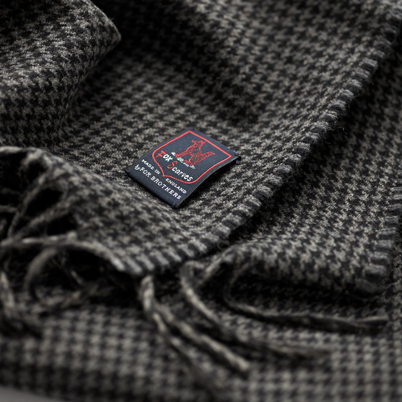 FoxBrothers-Luxury-51%-Cashmere-49%-Merino-Wool-Scarf-Charcoal-Houndstooth.
