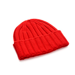 Luxury-Red-Knitted-Beanie-100%-Cashmere-The-Merchant-Fox