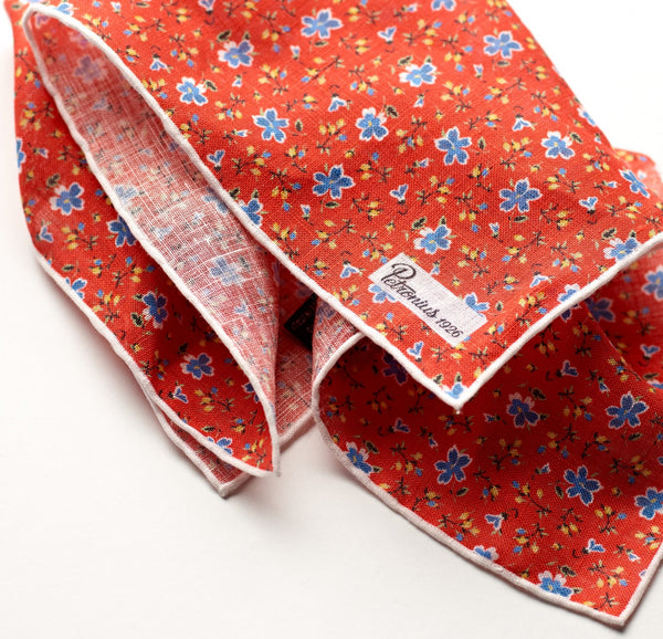 Petronius Retro Floral Pillar Box Pocket Square