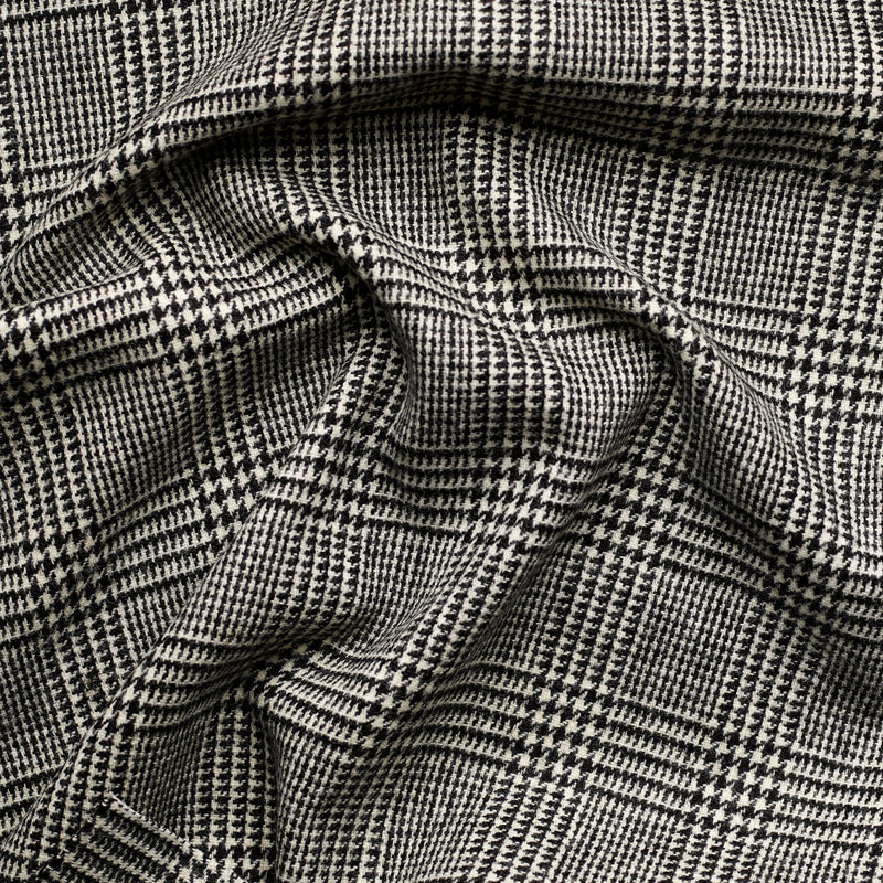 Classic Prince of Wales Check Tweed