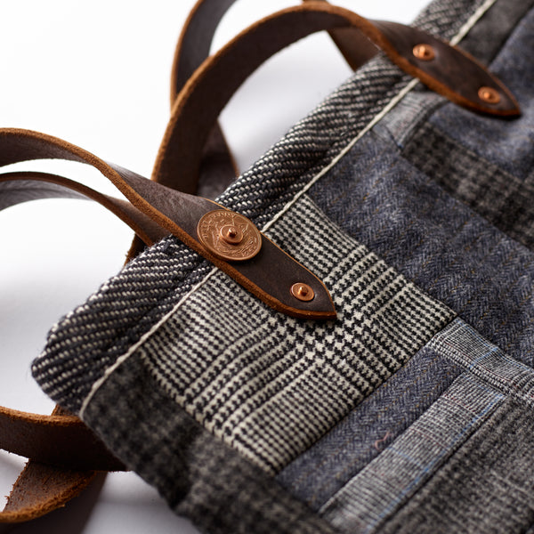 handmade-patchwork-craftmanship-fox-flannel-fox-brothers-the-merchant-fox-ladies-bag-every-day-bag-leather-handle-shoulder-bag-detail
