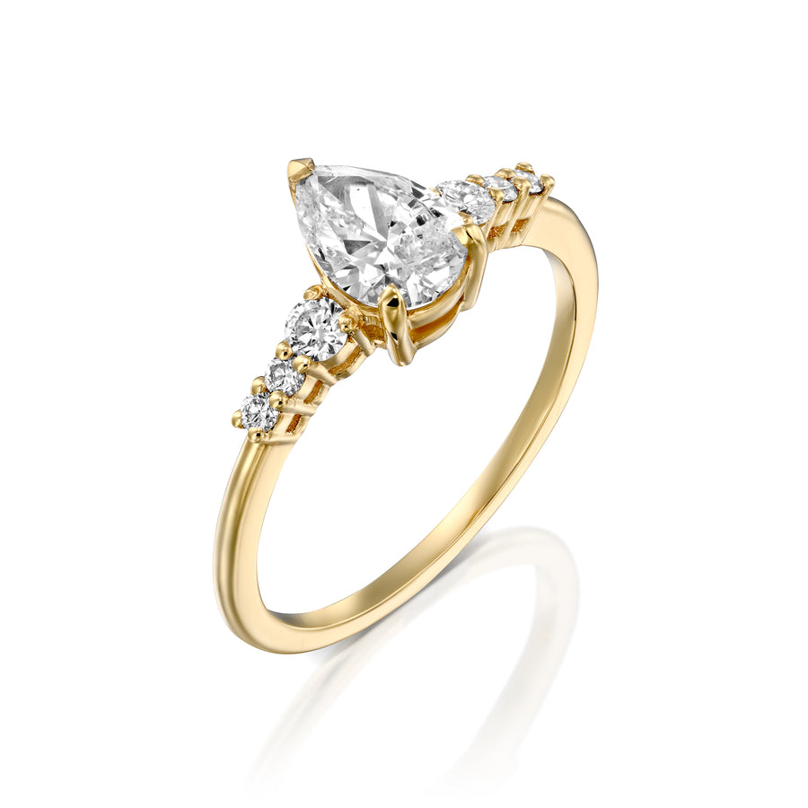 Pear shaped diamond edge