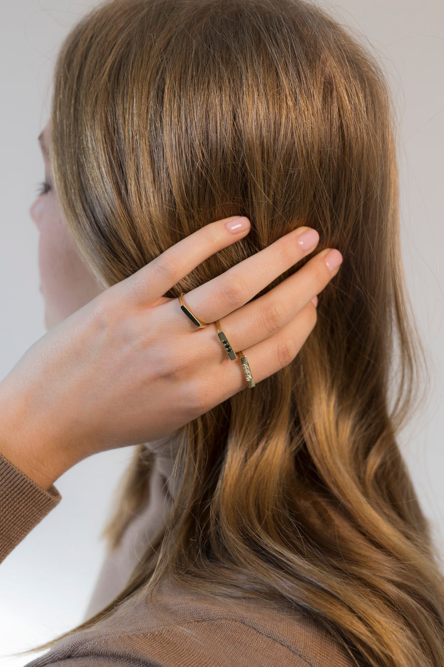 CHIC - THREE MIDDLE BLACK RING