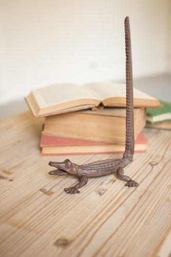 Cast Iron Alligator Paper Towel Holder