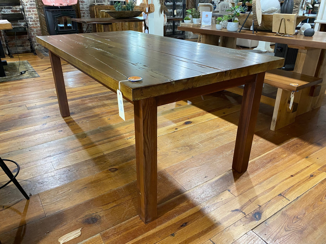 White Pine Multicolor Distressed Dining Table Straight Leg Base