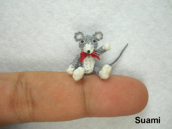 Tiny Crochet Mouse Rat