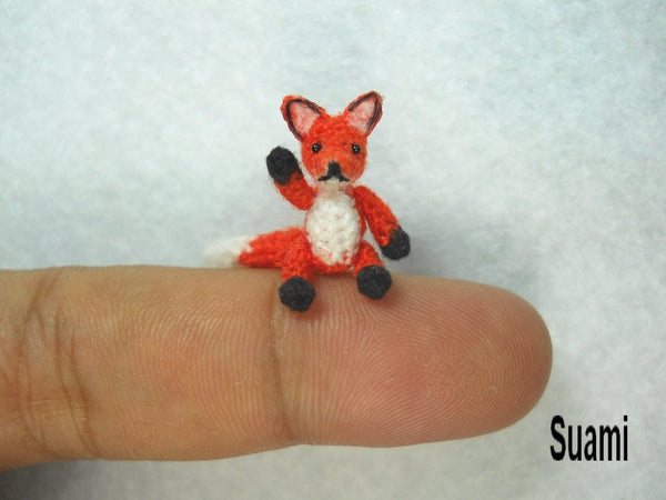 Mini Red Fox Amigurumi