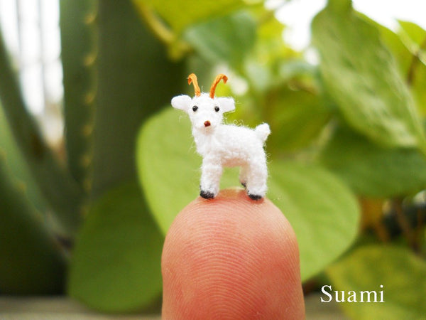 0.4 Inch Micro Goat In Tiny Dome