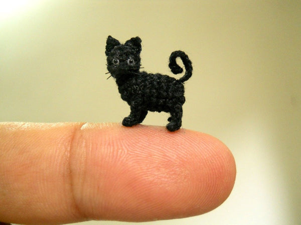 Miniature Black Cat 1/2 Inch