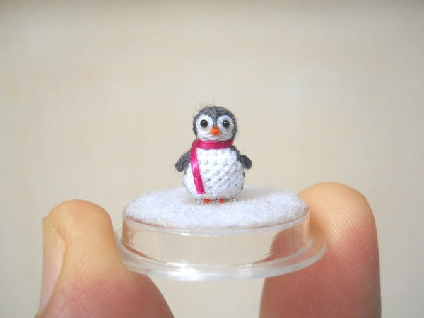 Micro Penguin in Dome
