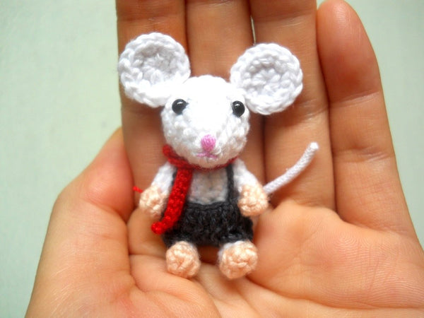 Tiny Crochet Mouse Boy