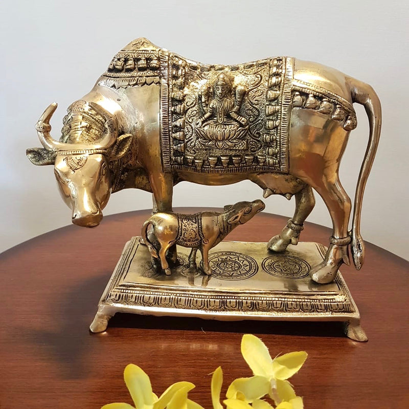 Cow and Calf Set - Handmade Brass Statue-  Decorative Figurine - Crafts N Chisel - Hindu figurine