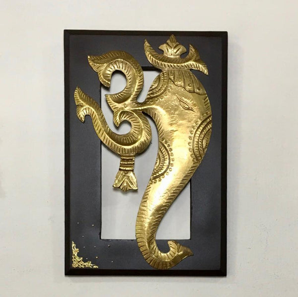 Om Ganesha Brass Wall Hanging - Home decor - Crafts N Chisel
