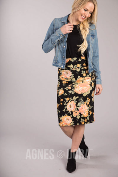Agnes & Dora™ Pencil Skirt Romance and Roses Gold