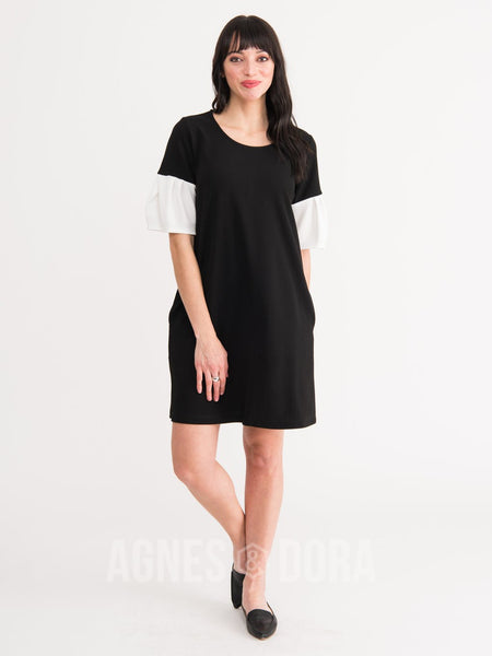 Agnes & Dora™ Shift Dress Black with White