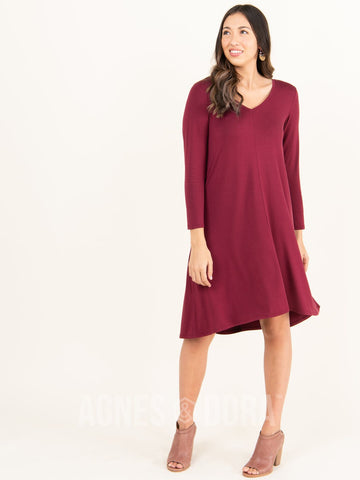 Agnes & Dora™ Hi-Lo Dress V-Neck Wine
