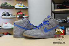Load image into Gallery viewer, Nike SB Dunk High Iron