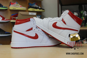 Air Jordan 1 Retro High Metallic Red