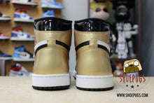 Load image into Gallery viewer, Air Jordan 1 Retro High Gold Toe