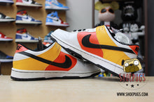 Load image into Gallery viewer, Nike SB Dunk Low Raygun