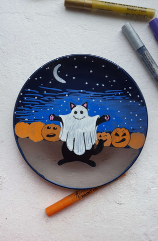 Plate painted with the ghost cat