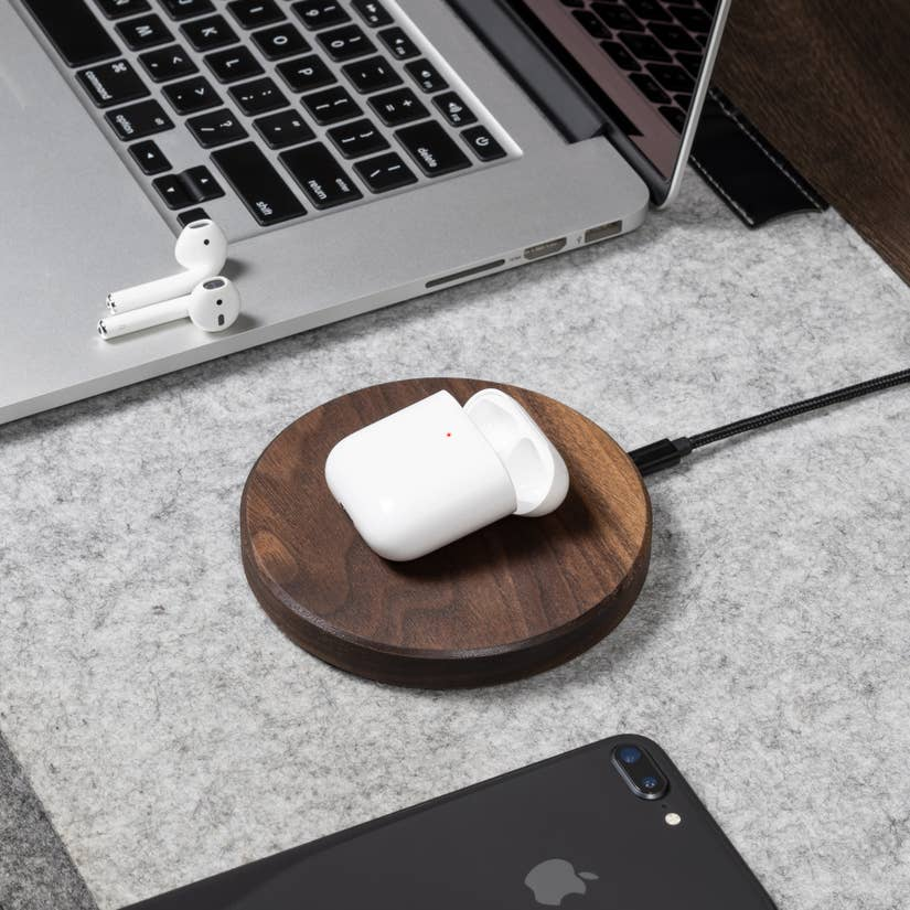 Walnut Slim Charging Pad