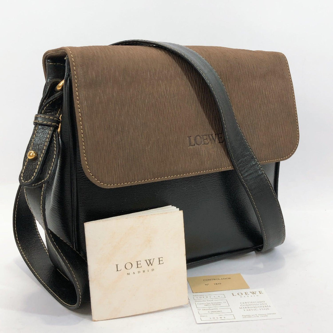 LOEWE Shoulder Bag vintage leather black Women Used