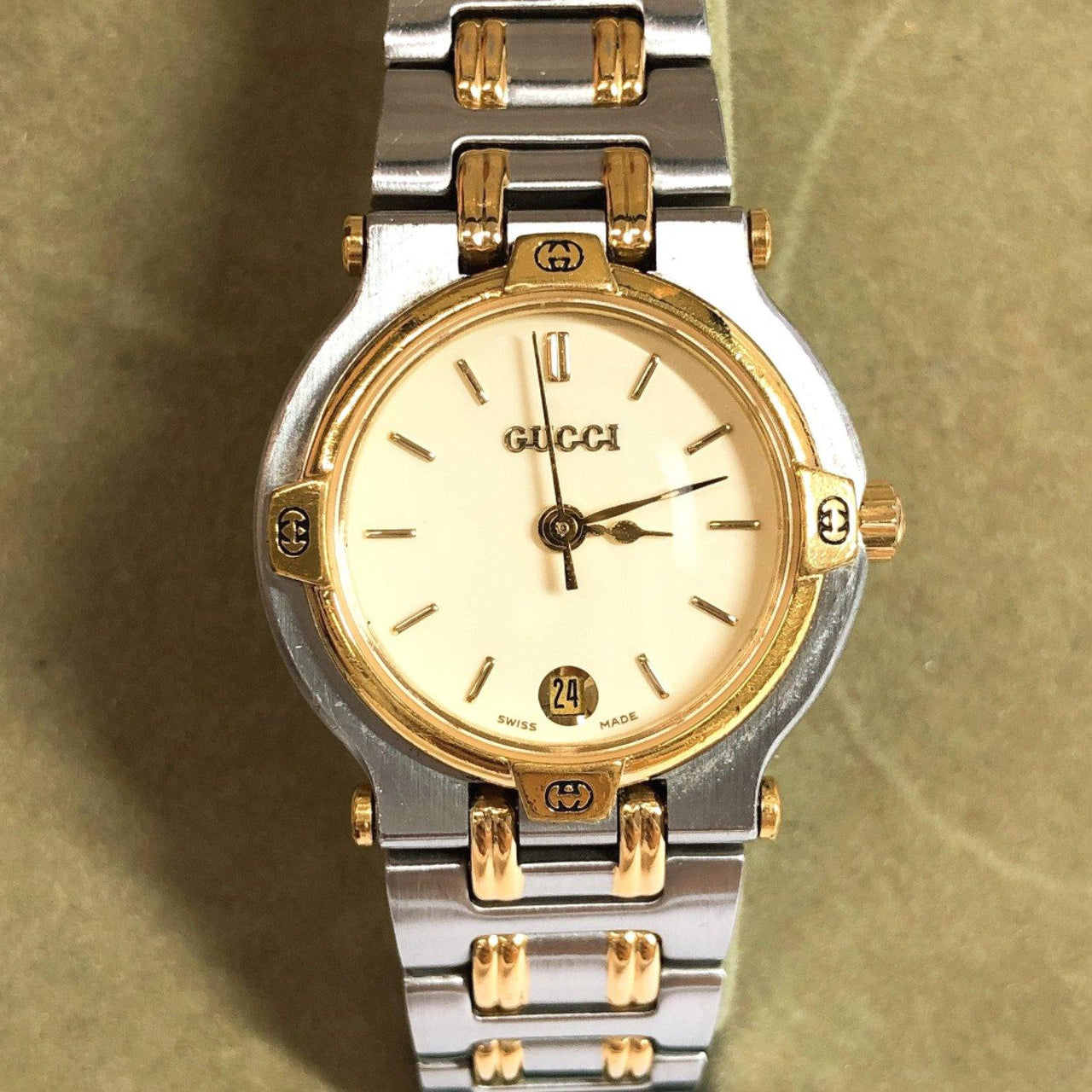 GUCCI Watches 9000L Quartz Stainless Steel Silver Women Used