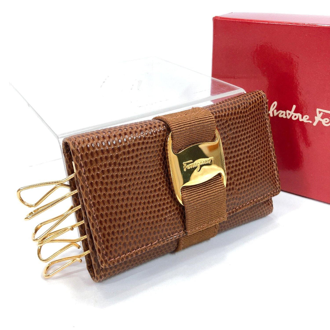Salvatore Ferragamo key holder 22 3056 Vala six hooks leather/Gold Hardware Brown Women Used - JP-BRANDS.com