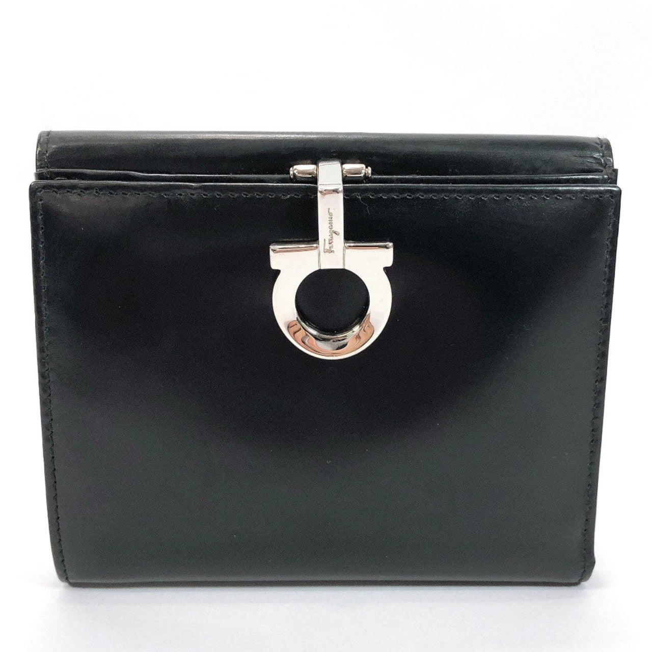Salvatore Ferragamo wallet AQ-221203 Gancini Patent leather black Women Used