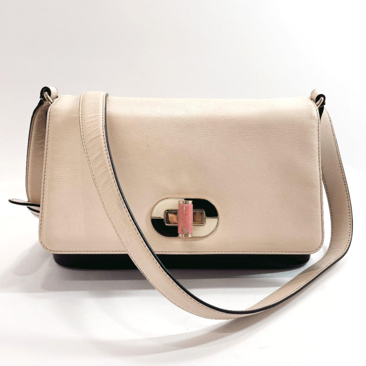 BVLGARI Shoulder Bag Isabella Rossellini leather beige Women Used