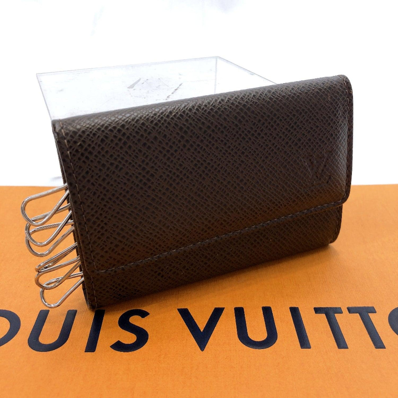 LOUIS VUITTON key holder M30538 six hooks Multicles6 Taiga Brown Grizzly mens Used