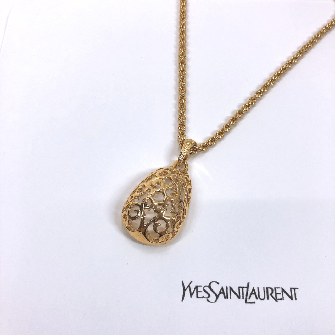 YVES SAINT LAURENT Necklace metal gold Women Used