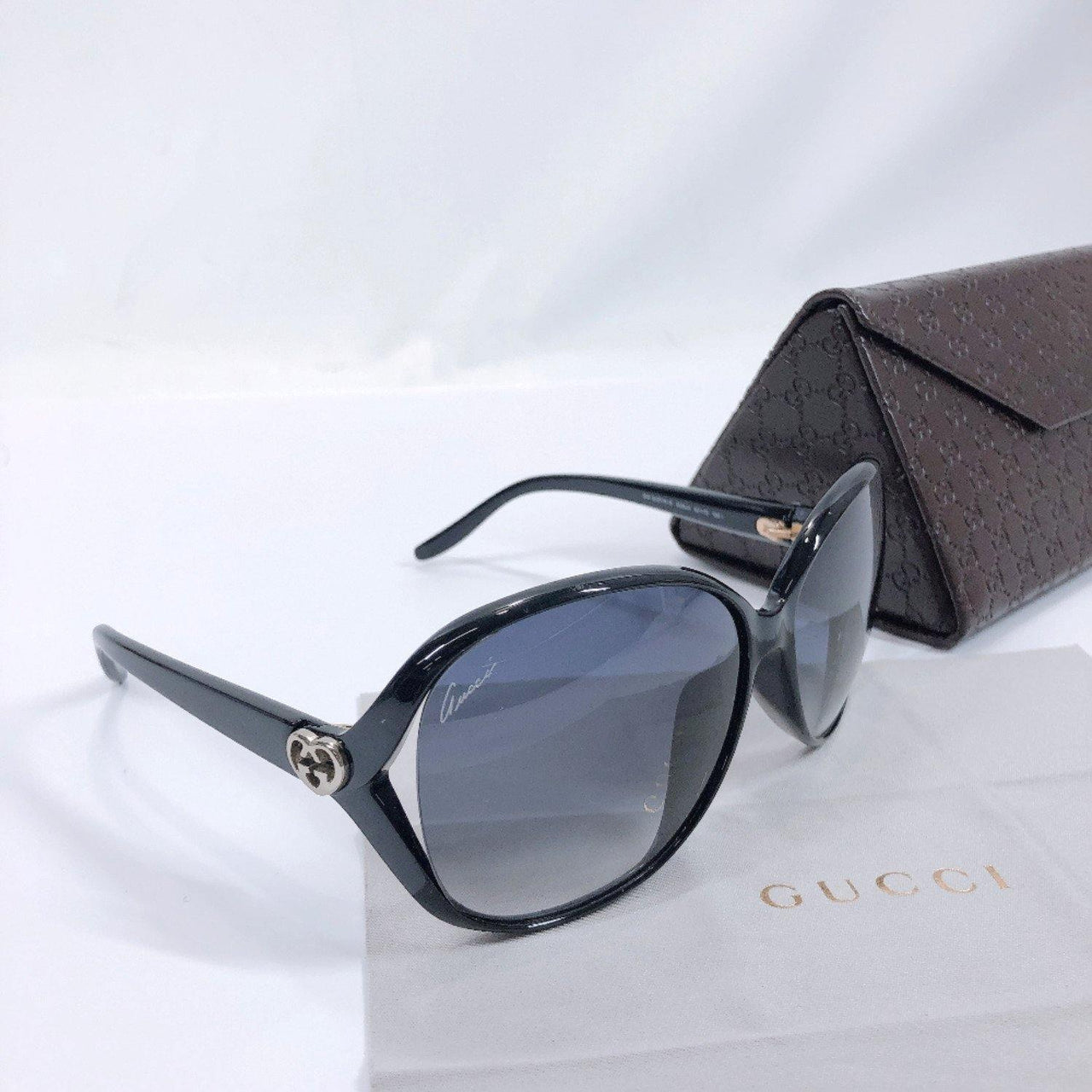GUCCI sunglasses GG3525/K/S Interlocking G heart Synthetic resin black Women Used - JP-BRANDS.com