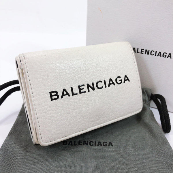 BALENCIAGA Tri-fold wallet 551921 Every day leather white Women Used
