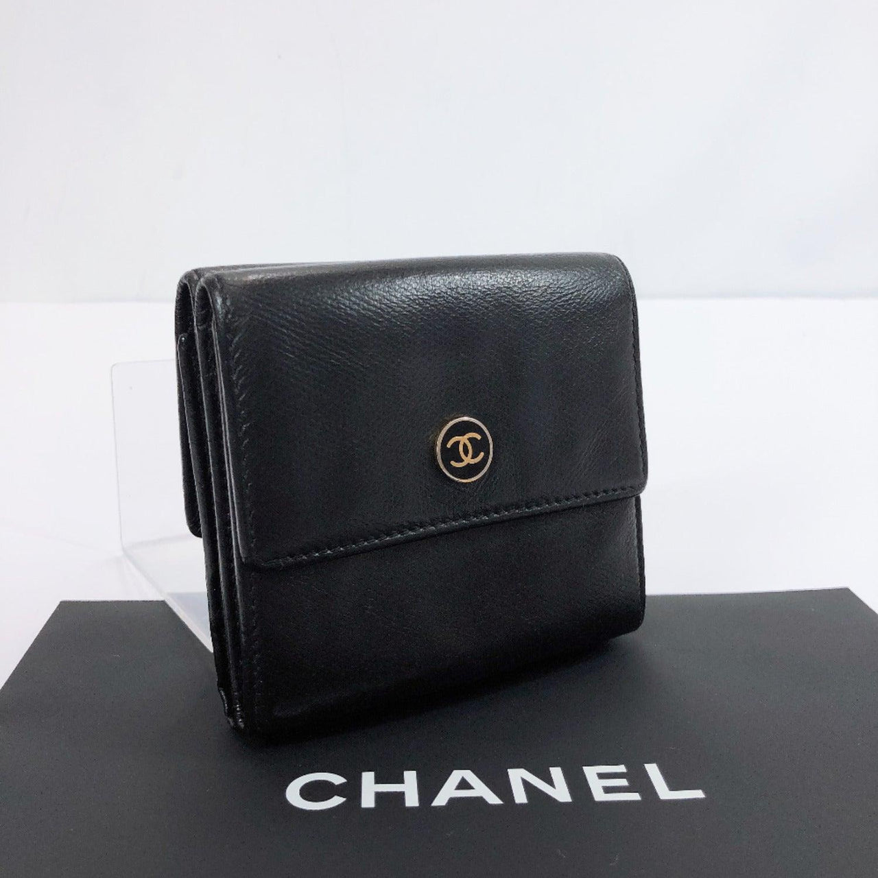 CHANEL Tri-fold wallet COCO Mark Double hook leather black Women Used