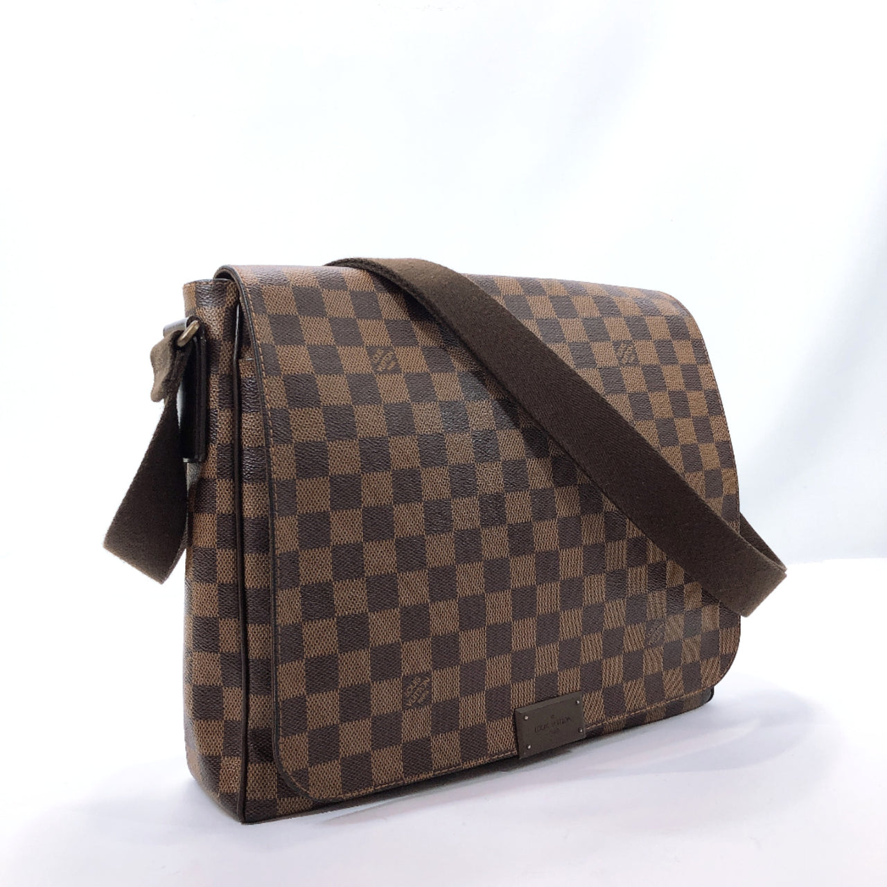 LOUIS VUITTON Shoulder Bag N41212 District MM Messenger bag Damier canvas Brown mens Used
