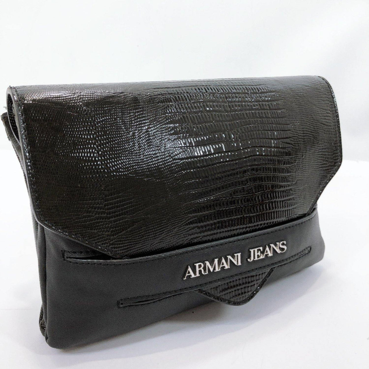 ARMANI JEANS Clutch bag B5267 Flap type Embossing Synthetic leather/PVC black Women Used