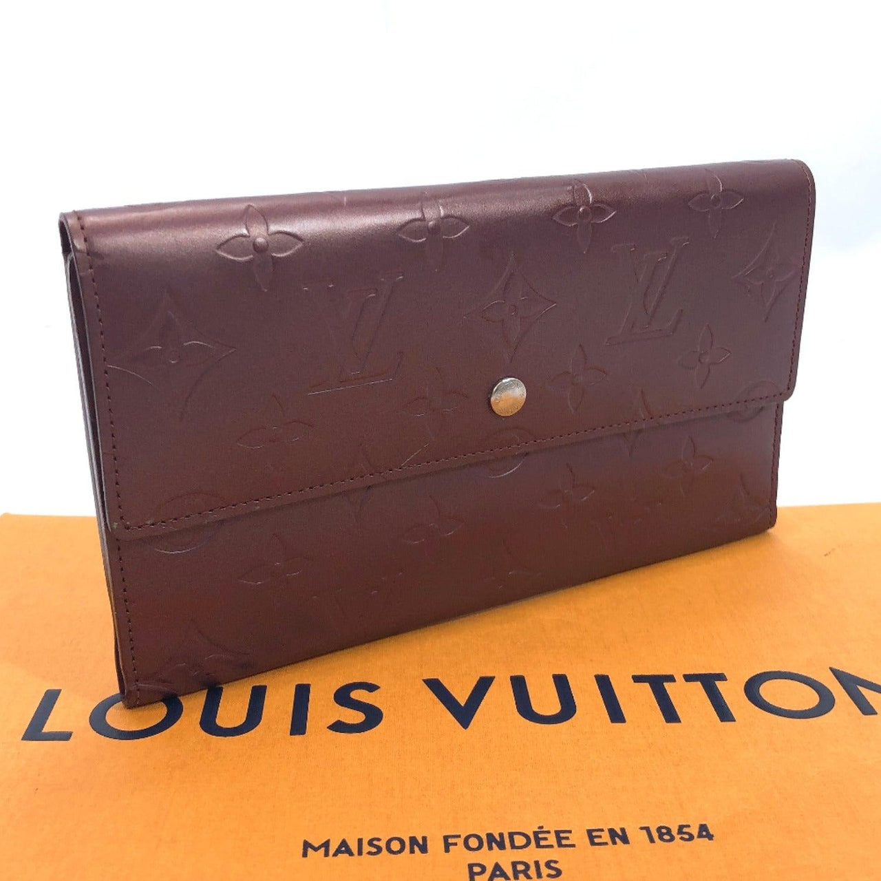 LOUIS VUITTON purse M65106 Porte Tresor International Monogram mat wine-red Women Used